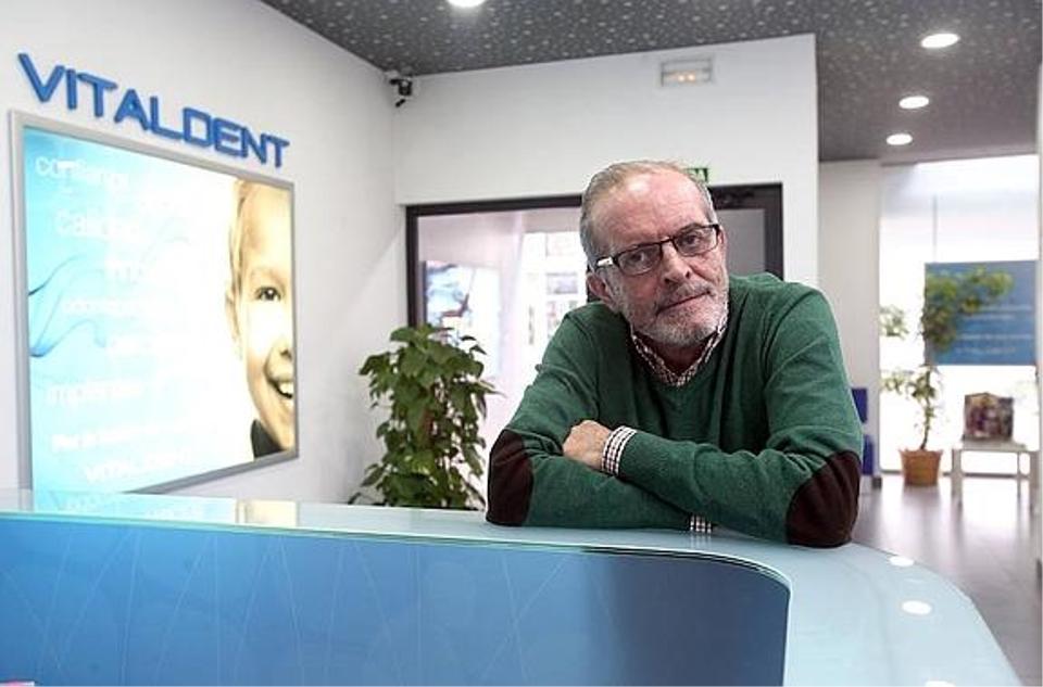 Vitaldent Oviedo, el propietario da un paso adelante