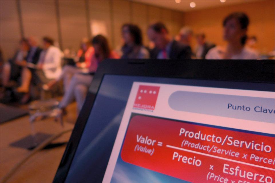 Mejora Competitiva. Innovación estratégica para el diseño de servicios. Grupo Randstad España. 2